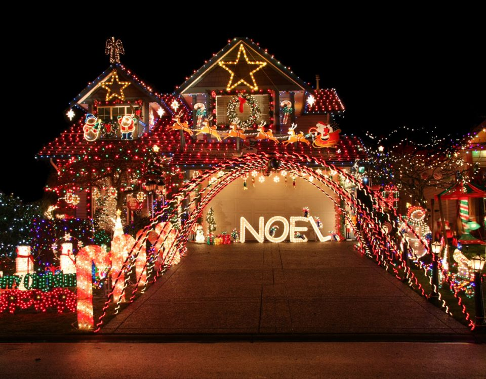 Holiday Light Decorations - idaho falls spring lawn care